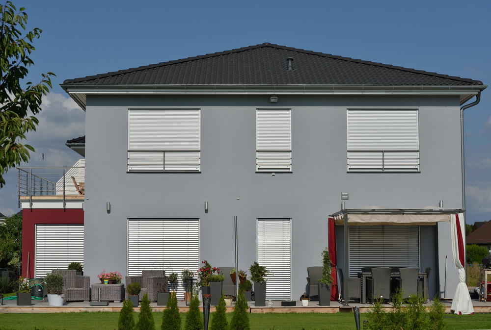 Top 4 Factors While Choosing Roller Shutters