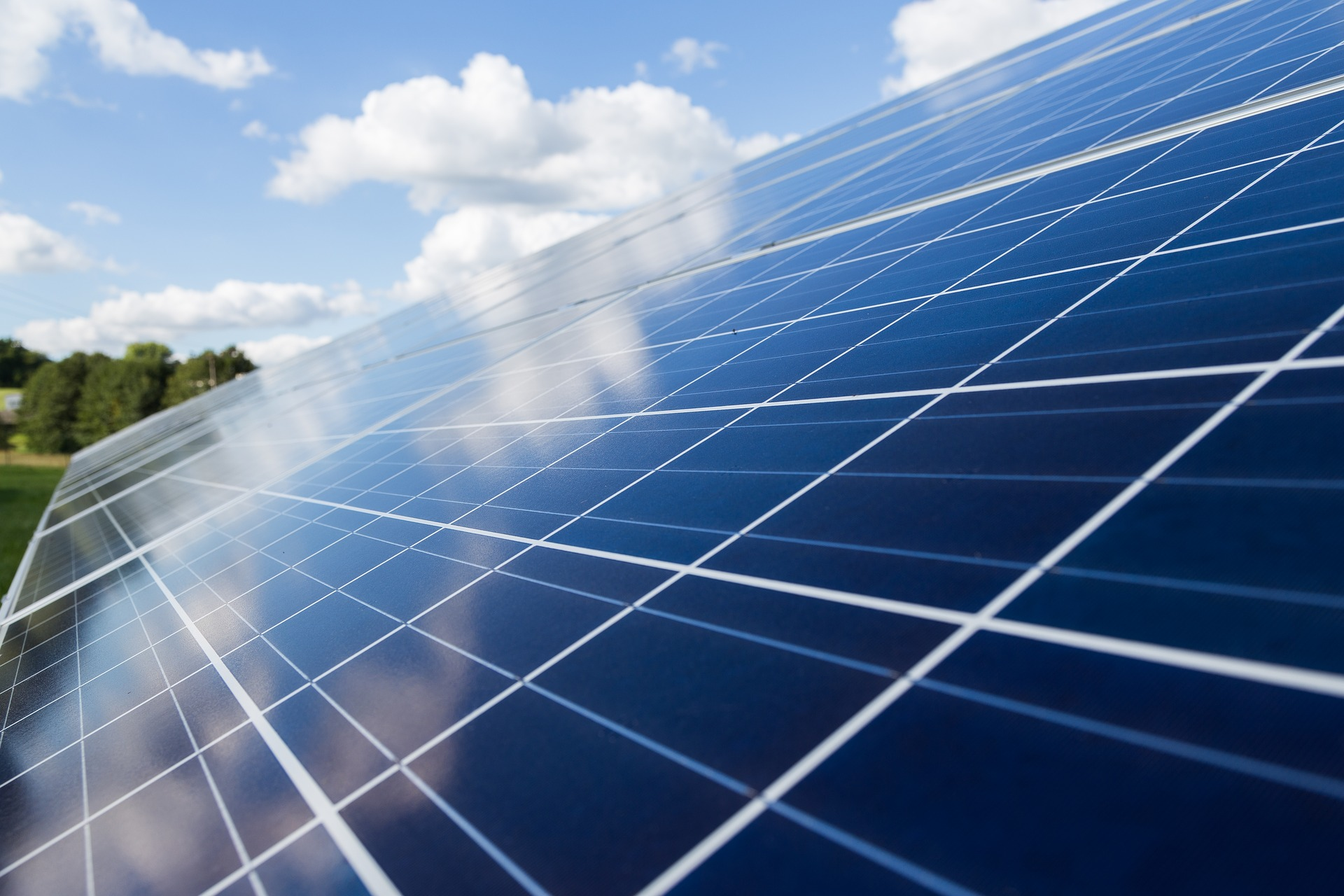Does Commercial Solar Make Sense? Solar Panels For Business Are On The Rise So Make Hay While The Su