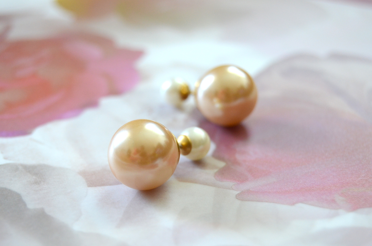 Looking For Pearl Stud Earrings To Enhance Your Outfit?  Follow These Tips To Know More