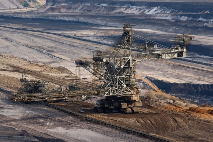 5 Reasons Why You Should Hire Mining Consultancy Services