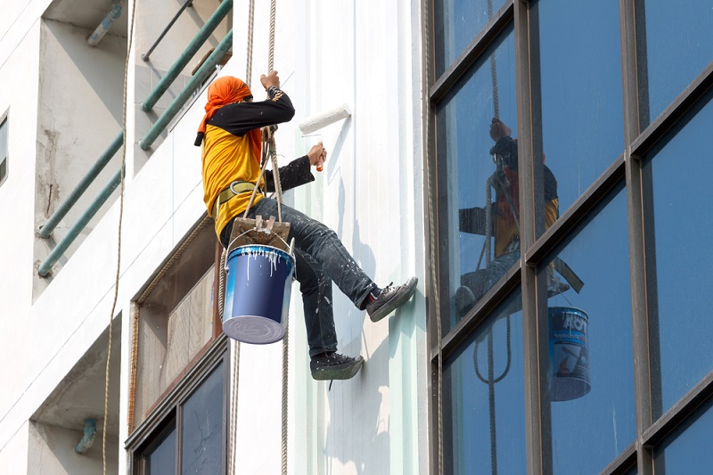Top Reasons to Hire Commercial Painters