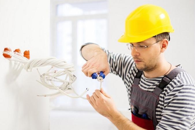 5 Tips For Choosing The Best Electrical Contractors